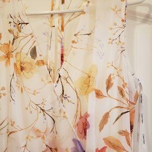 CALVIN KLEIN flowy & feminine dress